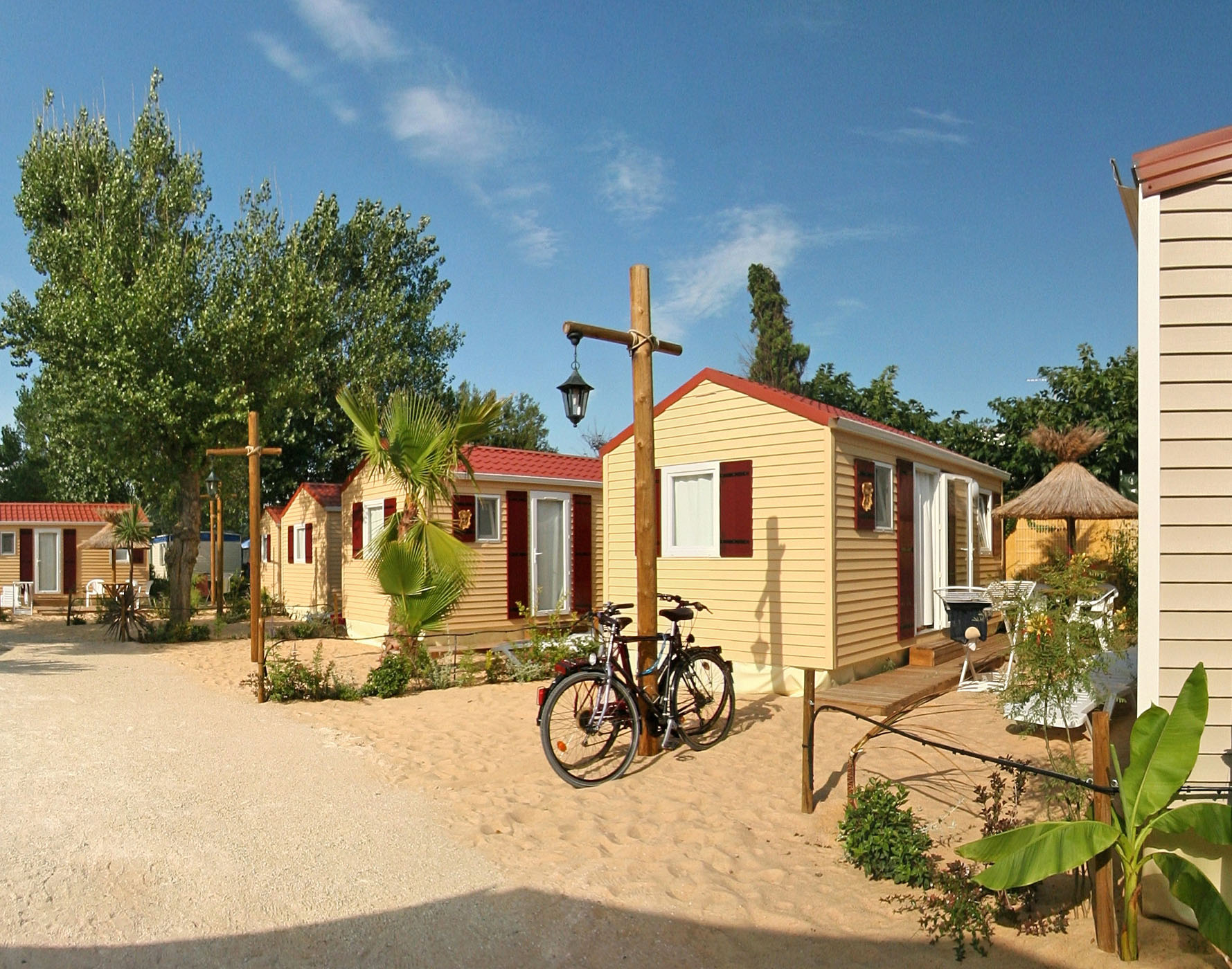 Mobilhome style plage au camping