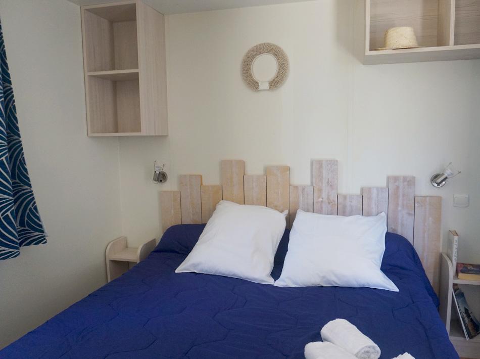 Bungalow avec chambre parentale linge de lits et serviettes fournis, club farret Vias Plage
