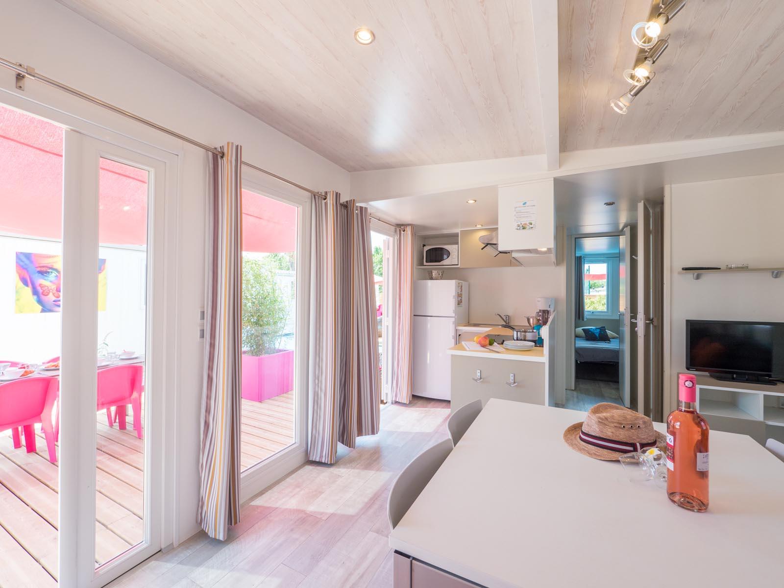 Cuisine et salle à manger du cottage
