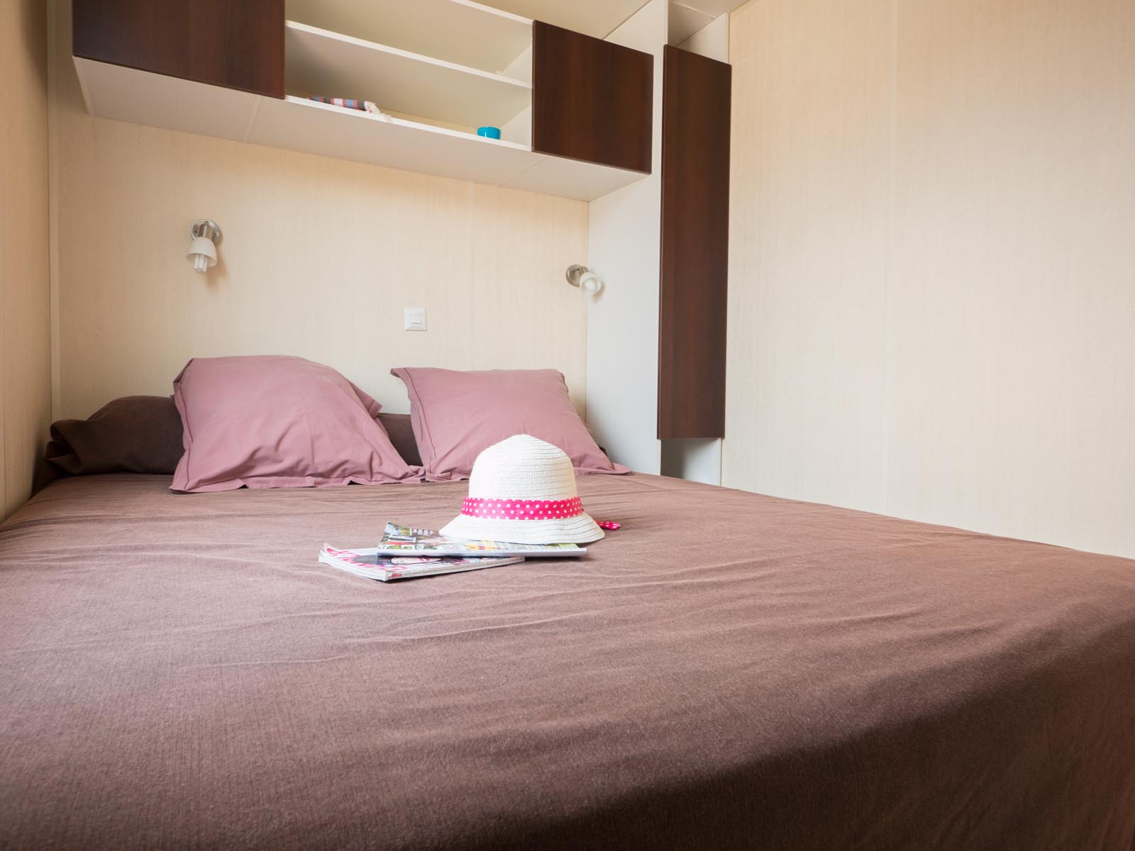 Chambre double dans mobilhome