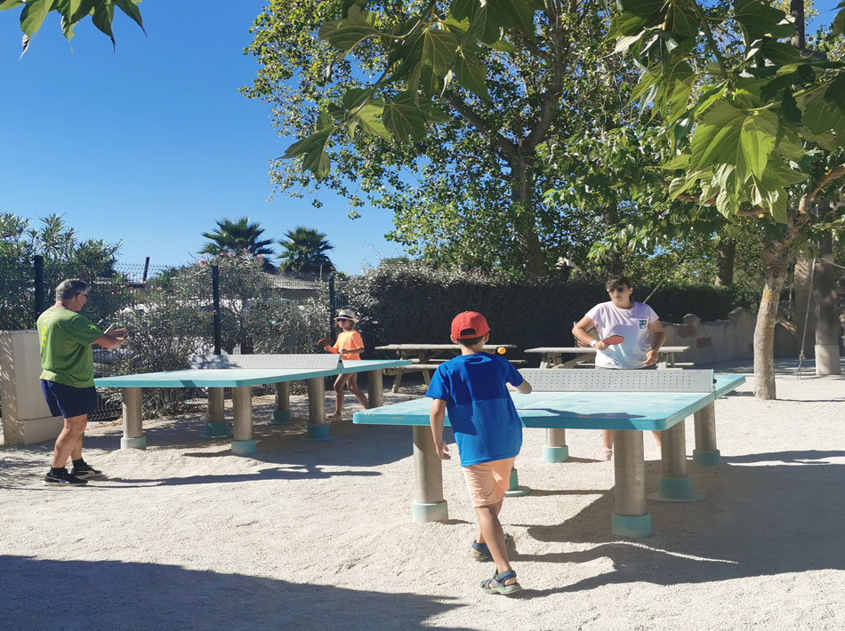 Ping pong activité sportive club farret vias plage