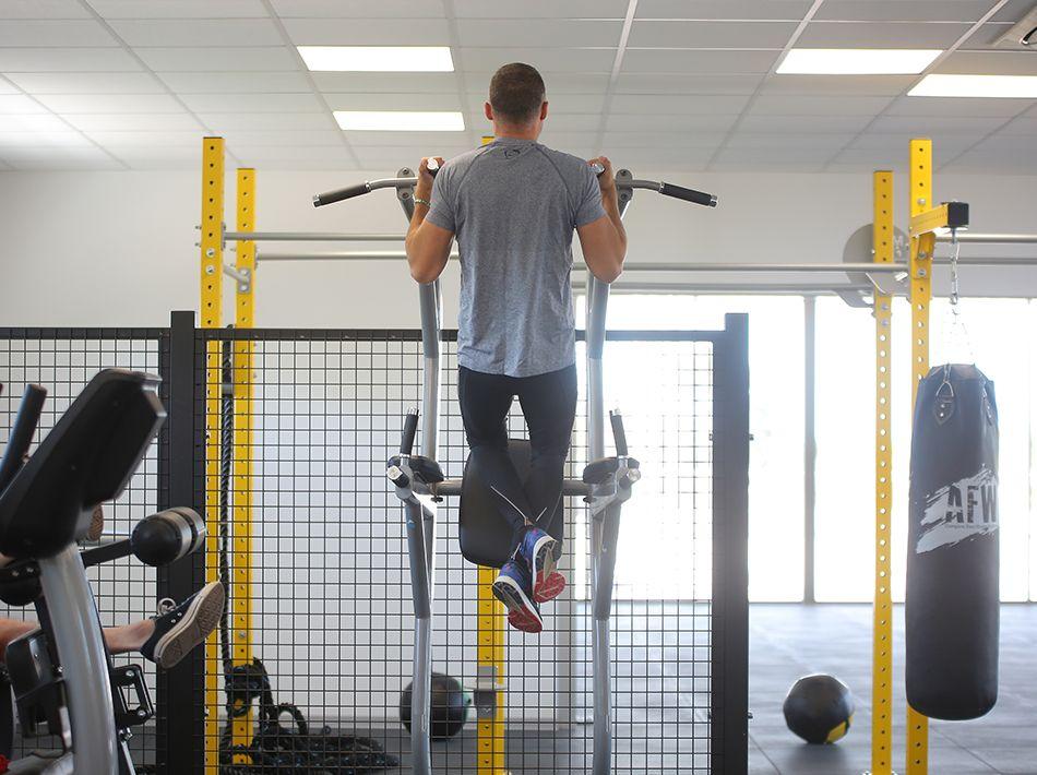 traction, salle de crossfit et musculation