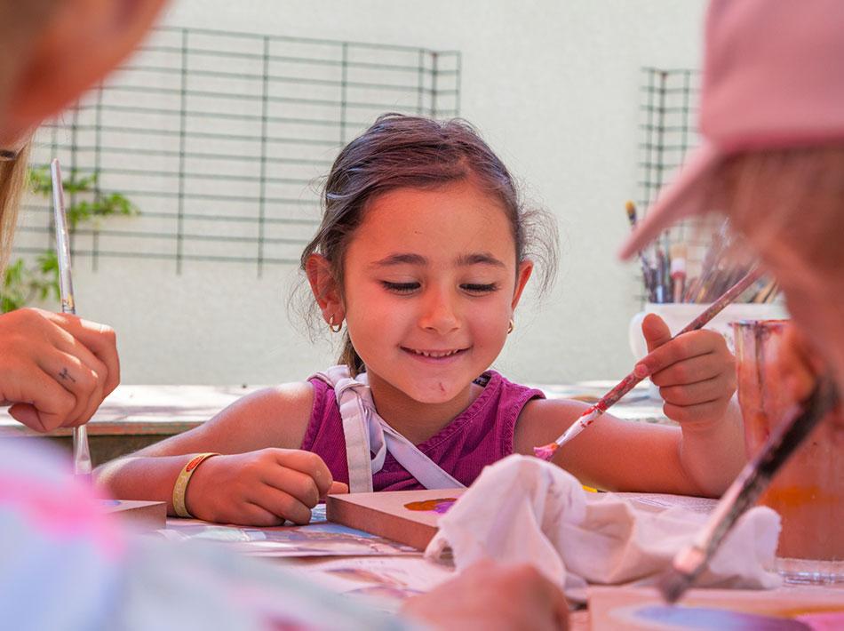 atelier poterie et peinture mini club