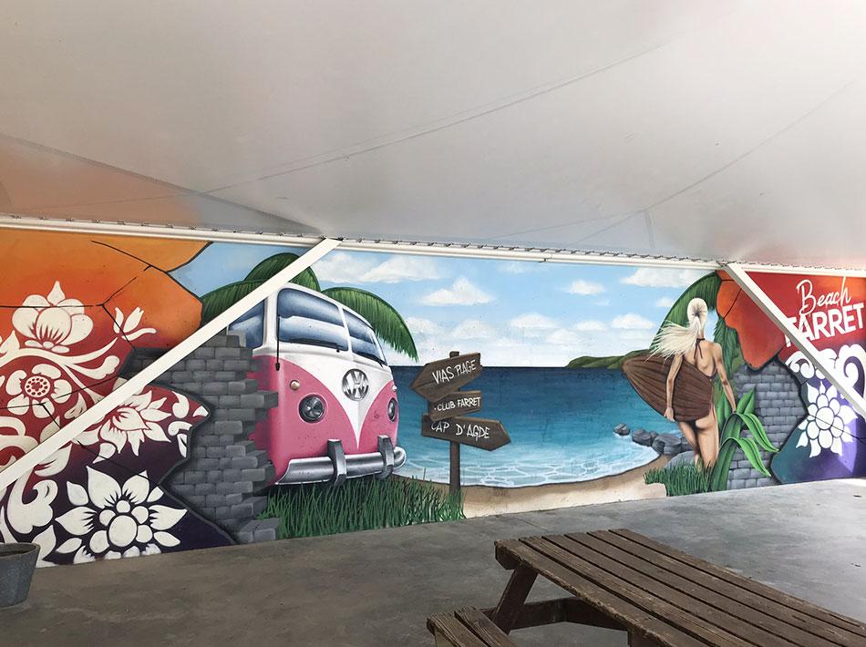 picnic area with graffiti combi Volkswagen camping farret 5 stars