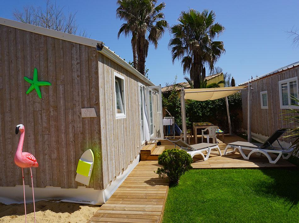 cottage en bois décoration bord de mer terrasse