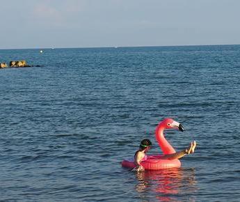 Pourquoi choisir septembre pour vos vacances en camping à Vias Plage ?