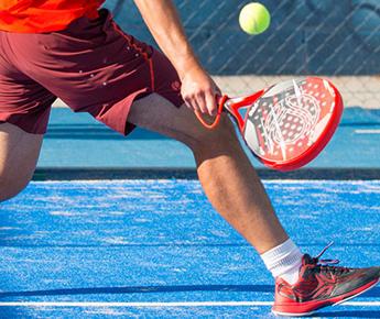 Padeltennis: een leuke, nieuwe maar intense sport