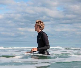 Pratiquer la marche aquatique au camping Farret à Vias plage